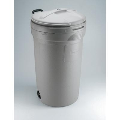Image Result For Rubbermaid Trash Cans With Locking Lids