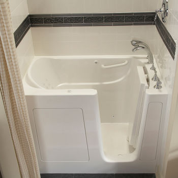 american standard walk in bathtub with whirlpool jet massage and quick drain costco ottawa. Black Bedroom Furniture Sets. Home Design Ideas
